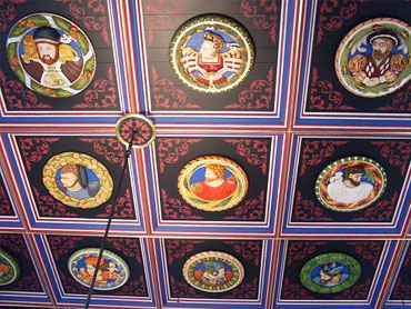 FEATURES-Stirling Castle Heads