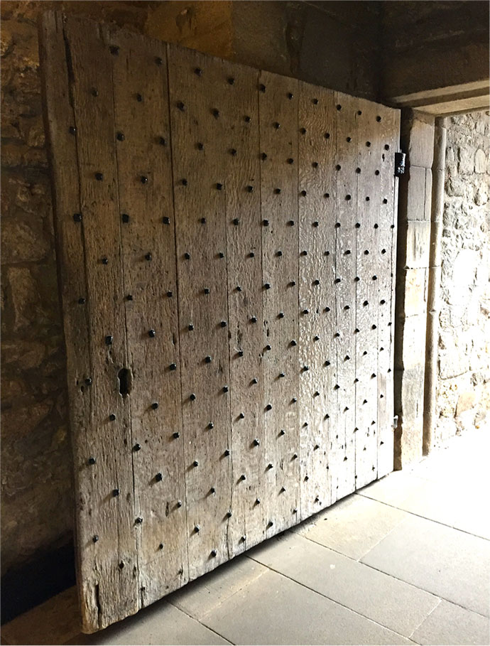 Stirling door